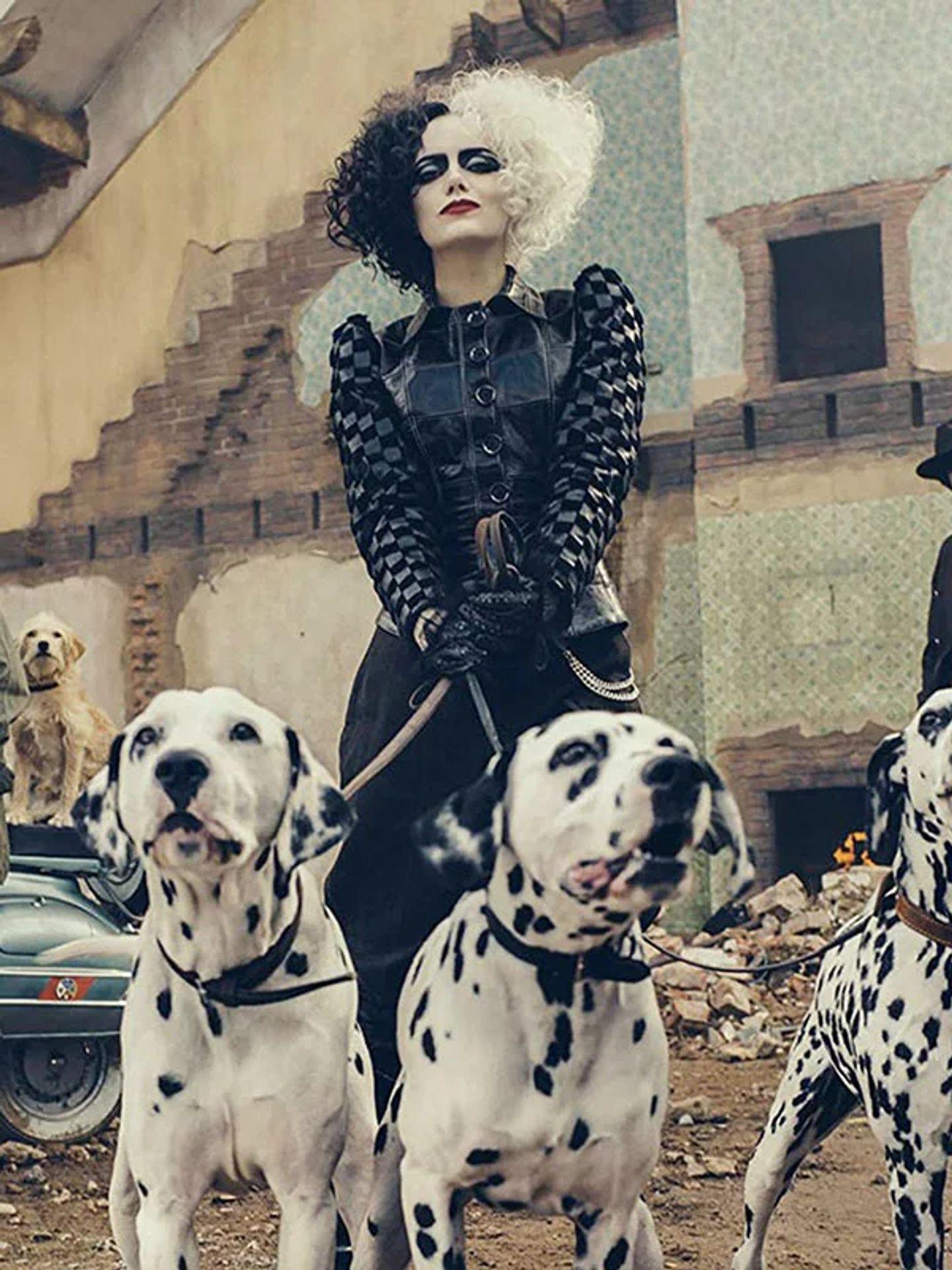 """Emma Stone interprète """"Cruella"""" pour Disney"""