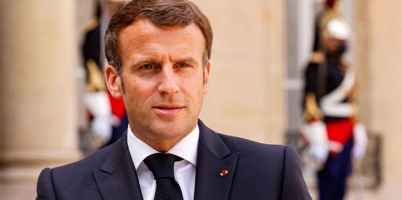 Emmanuel Macron giflé : Rappeurs et internautes réagissent ! [VIDEOS]