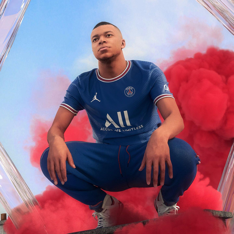 Nouveau maillot du PSG :