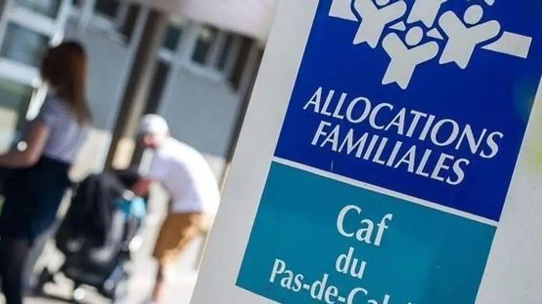 """[ SOCIETE ] Les CAF se dotent de """"super contrôleurs"""" pour traquer les fraudes massives"""