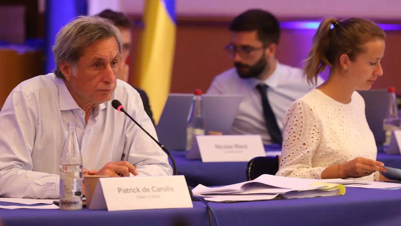 [ FINANCES/POLITIQUE ] Arles: Baisse des subventions aux assos : l'opposition à l'attaque