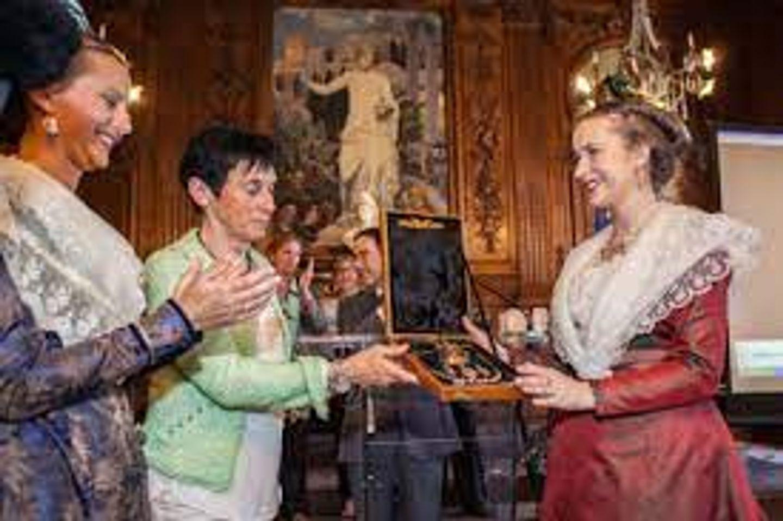 [ CULTURE/LOISIR ] Arles: Passation de pouvoir de la reine d'Arles ce soir à 18h00.