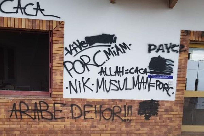 [ FAIT DIVERS ] Martigues: Tags islamophobes et racistes sur le centre de formation des imams