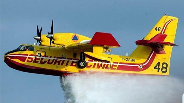 Un Canadair dans le ciel de la Côte-d'Or ce lundi