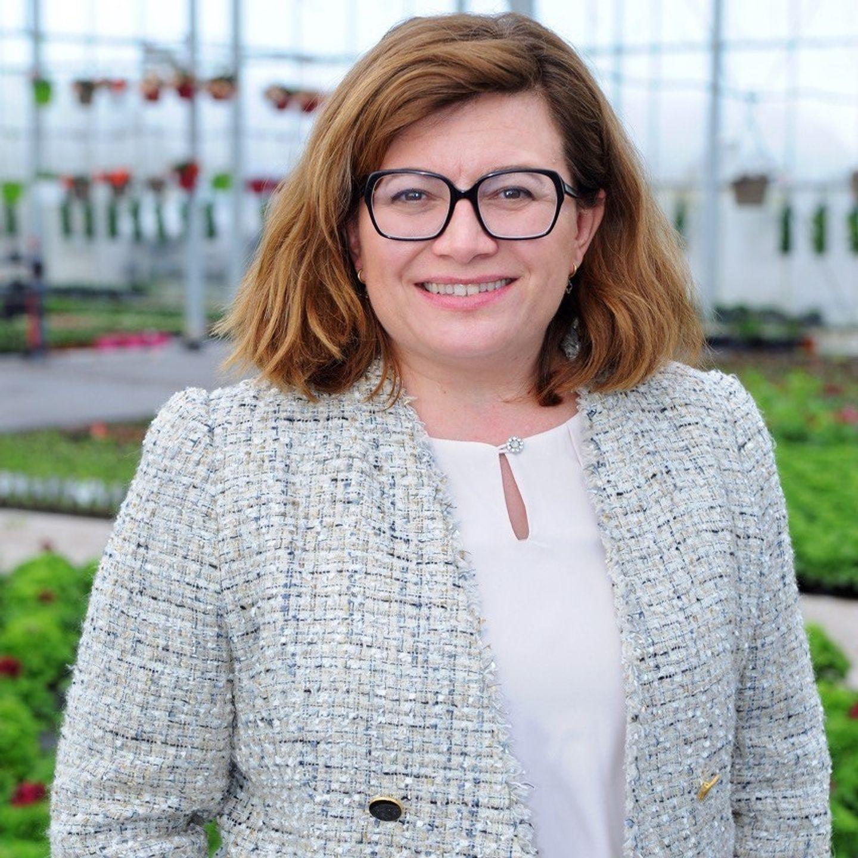 Stéphanie Kerbarh se présente aux élections régionales en Normandie, comme six autres candidats.