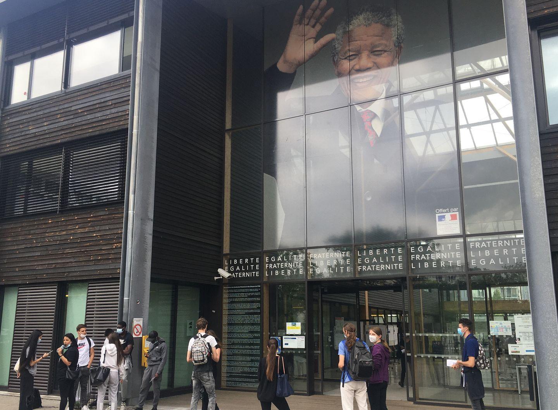 Lycée Nelson Mandela