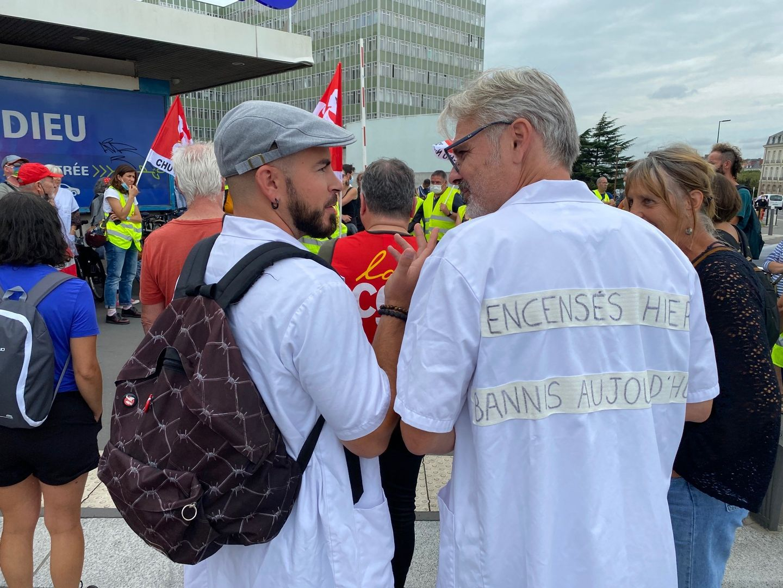 Manifestation des soignants du CHU de Nantes