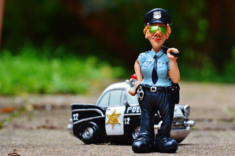 Policiers en figurine