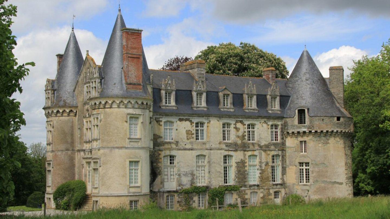 Chateau de Crévy