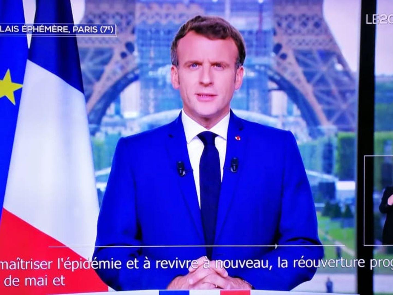 Emmanuel Macron rend la vaccination obligatoire pour les soignants
