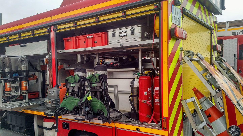 Un camion de pompiers