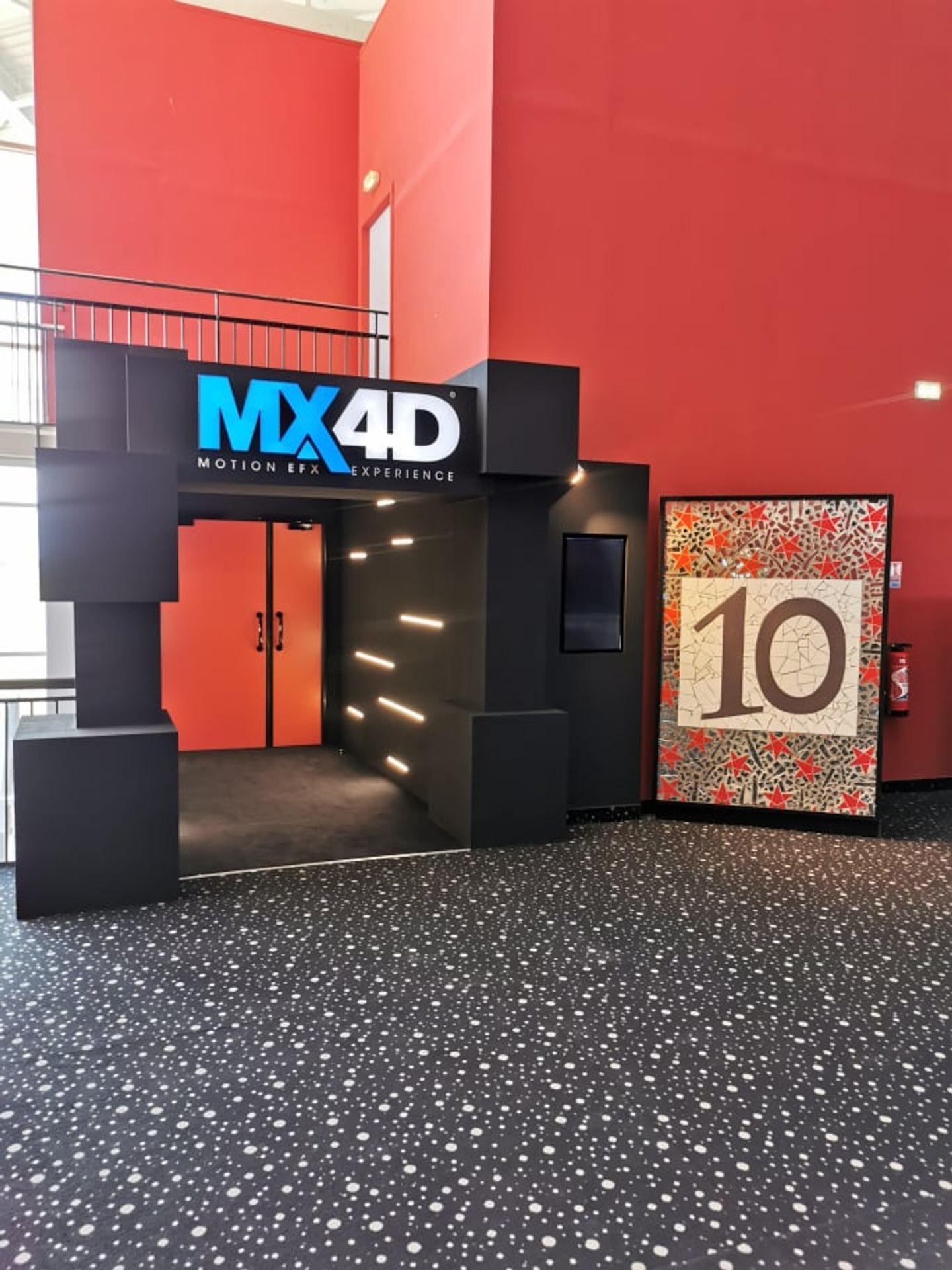 l'entrée de la nouvelle salle MX4D au MégaCastillet