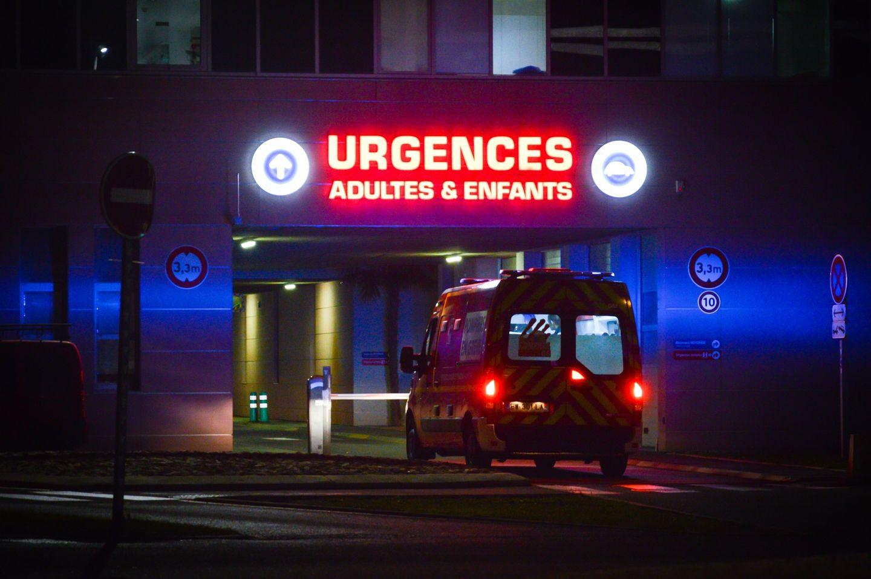 VSAV - Ambulance des sapeurs-pompiers de Perpignan aux urgences de l'hôpital de Perpignan