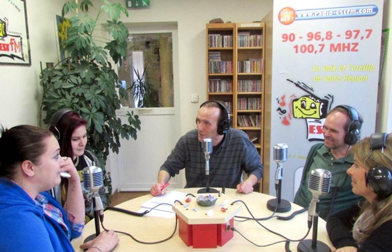 EST FM