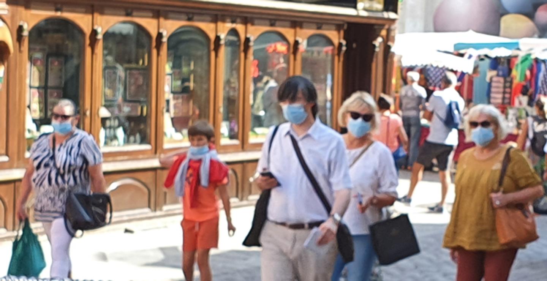 L'obligation du port du masque en extérieur devrait être levée à partir du 1er juillet