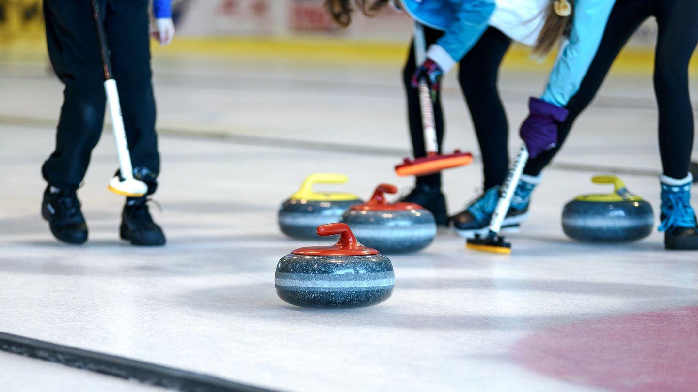 Patinoire de Louviers : à la découverte du curling