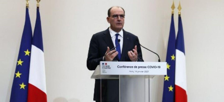 Covid-19 : toute la France sous couvre-feu à 18h à partir de samedi