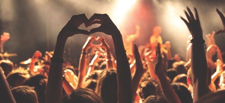 Covid : quelle contagion pendant les concerts ? Une étude en cours