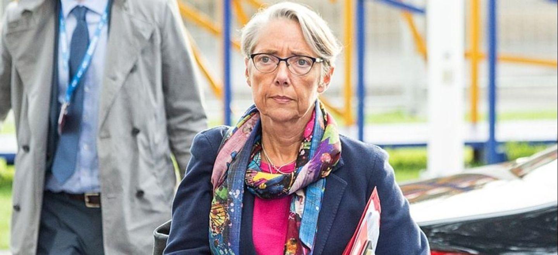 """COVID : l'état de santé d'Elisabeth Borne """"en voie d'amélioration""""..."""