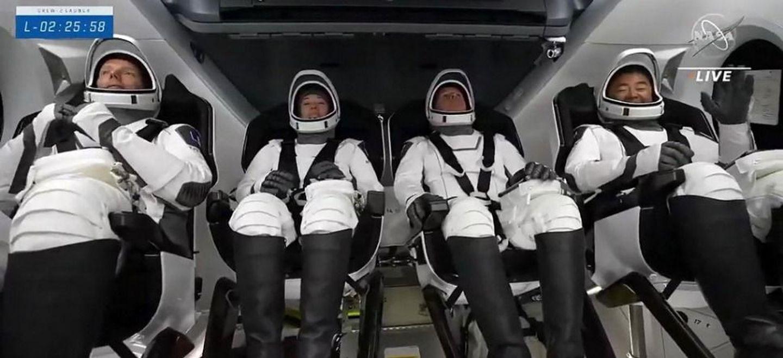 Thomas Pesquet s'envole pour l'ISS, le décollage en direct avec la...