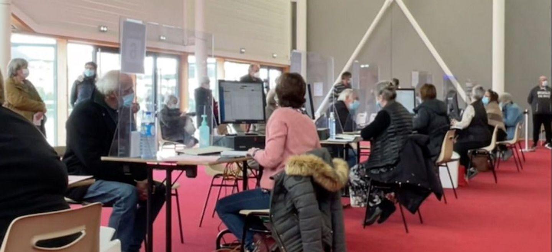 Loir-et-Cher : geste de solidarité au centre de vaccination de Blois