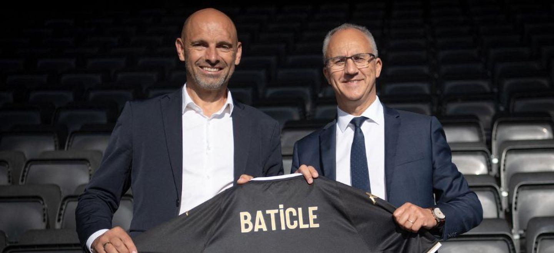 Football : le nouvel entraîneur du SCO Angers, Gérald Baticle,...