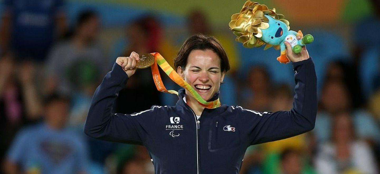 Sandrine Martinet, de l'USO judo, porte-drapeau aux Jeux...