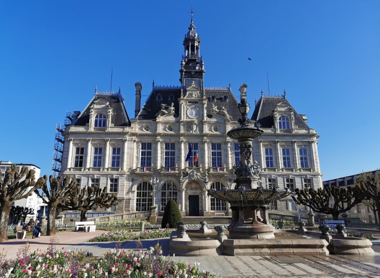 Limoges : le squat de la Révolution évacué par la police ce...