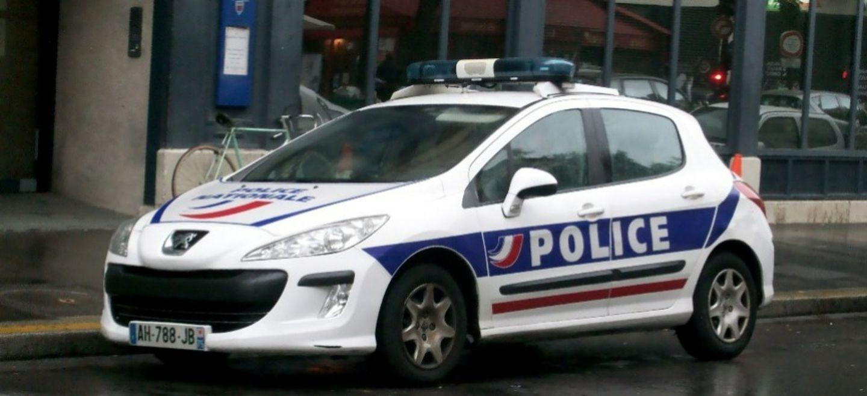 Bonneuil : tir de mortier dans un véhicule de police ; six mineurs...