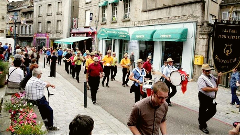 Défilé du 14 juillet à Aubusson