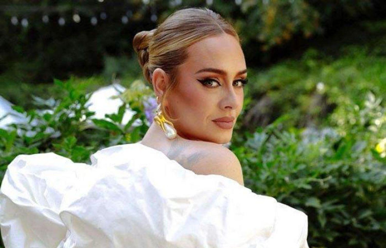 Adele : le chiffre 30 vu partout dans le monde annoncerait-il un album ?