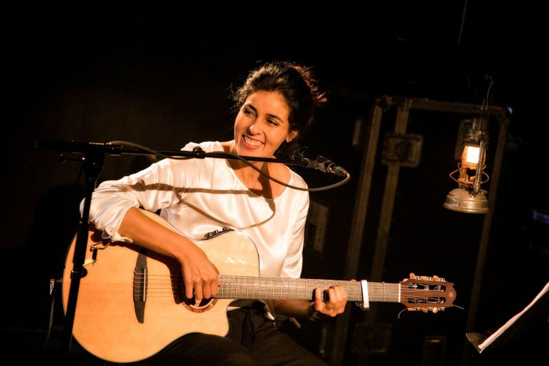 Souad Massi en concert à La FIlature