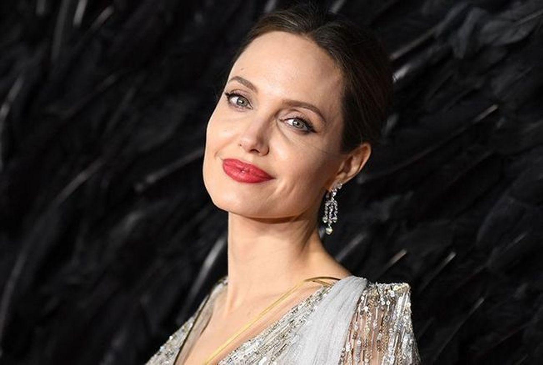 Angelina Jolie arrive sur Instagram et bat un record