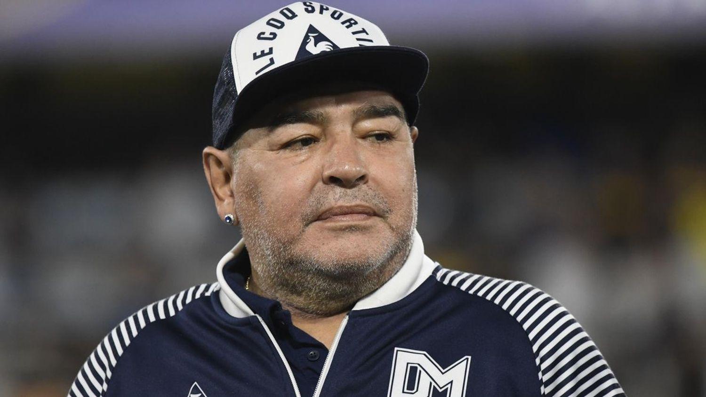 Mort de Maradona : son équipe médicale accusée d'homicide involontaire