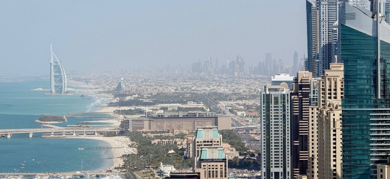 Dubaï a recours à des pluies artificielles, une vidéo impressionnante :