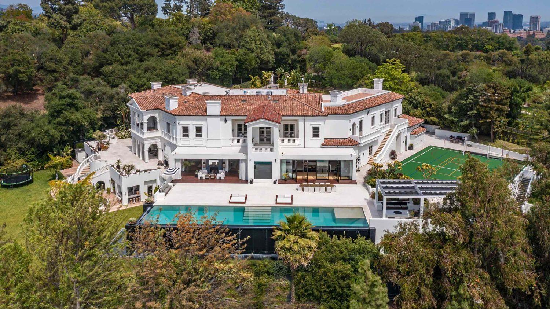 The Weeknd s'achète une villa à 70 millions de dollars :