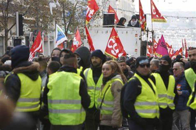 [ GREVE ]: Le conflit s'enlise entre la métropole Aix Marseille et les syndicats