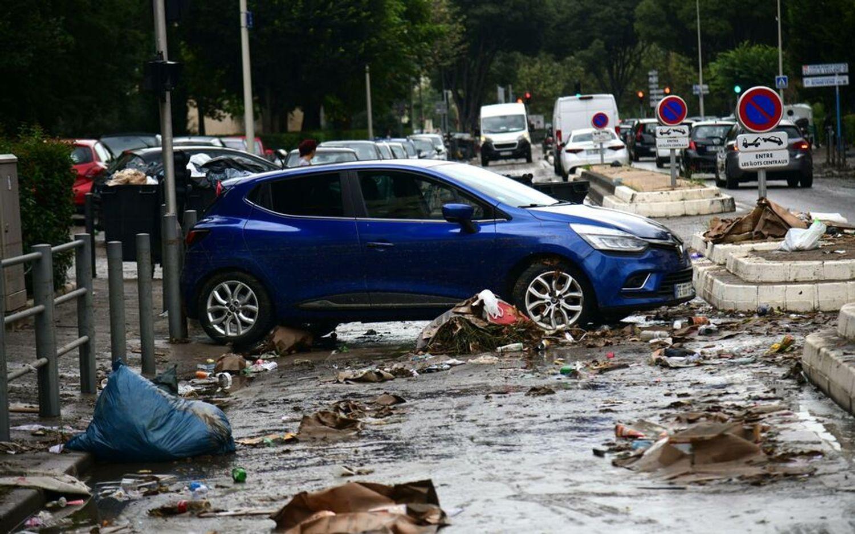 [ ECOLOGIE ]: A Marseille, le nettoyage s'est terminé au cours de la nuit dans les zones sinistrées