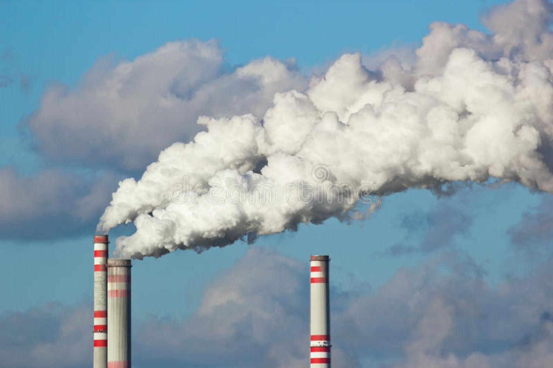 Hebdo semaine 47 : Plainte déposée dûe au taux de pollution sur la zone de Fos-sur-Mer et sur le pou