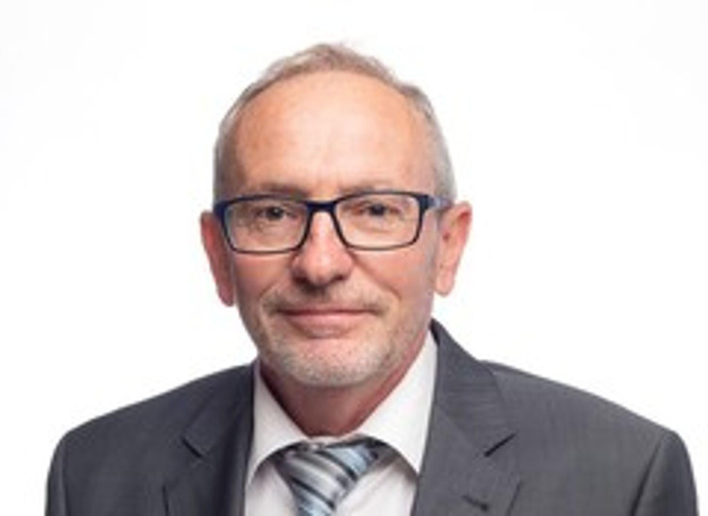 Jean-Claude Girard, Maire de la commune d'Ouges