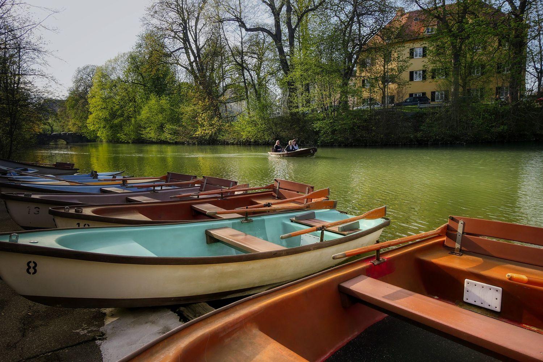 barques à godille.