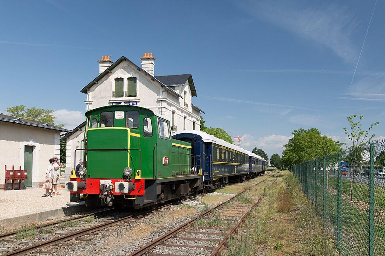 Balade à bord d'un train ancien en Vendée