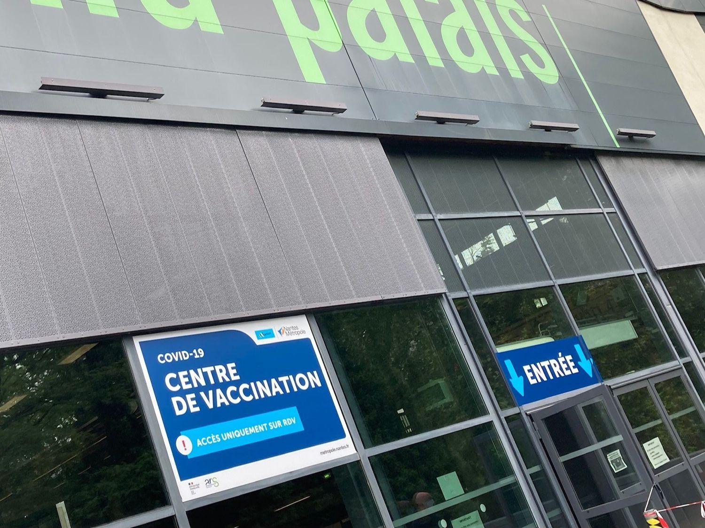 La vaccination des plus jeunes démarre demain en France