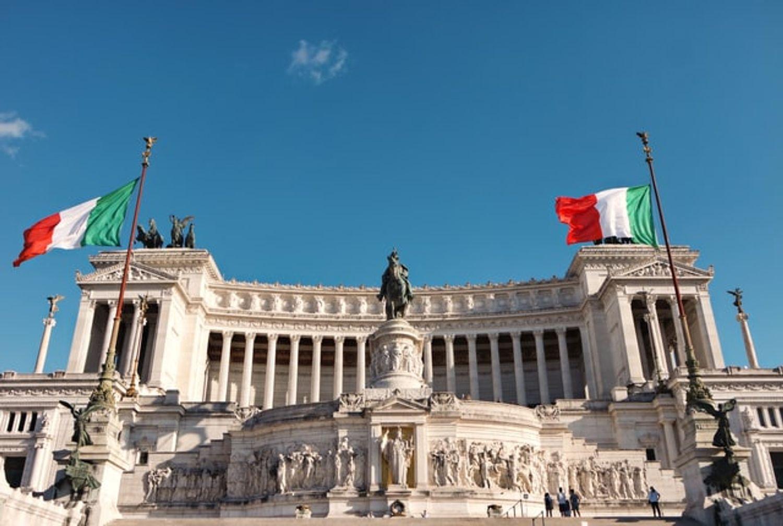 Les clubs peuvent rouvrir en Italie