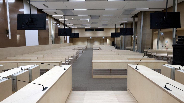 13 novembre 2015 : une salle d'audience de 750m²