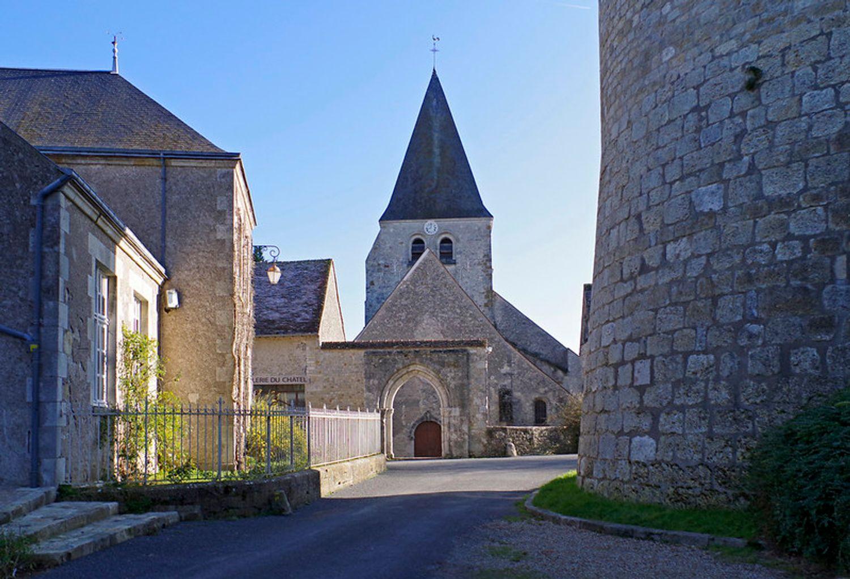 L'église Saint-Gault, à Yèvre-le-Châtel, dans le Loiret.