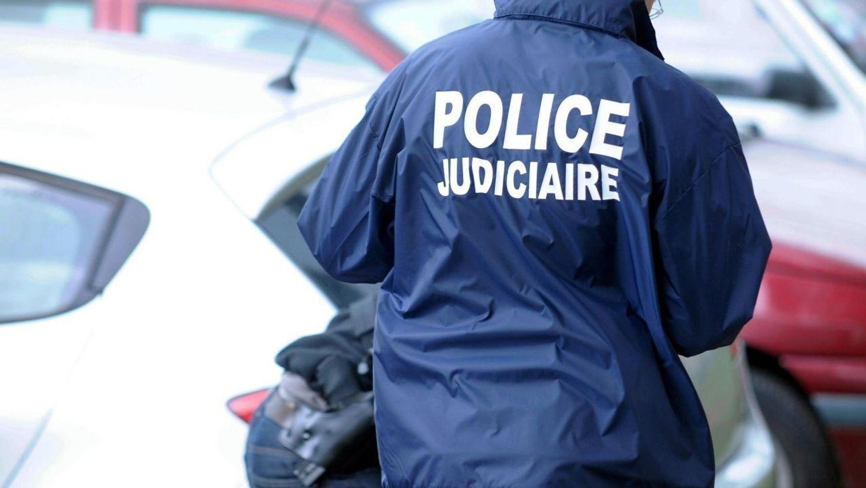 Six hommes interpellés pour blanchiment d'argent à Paris
