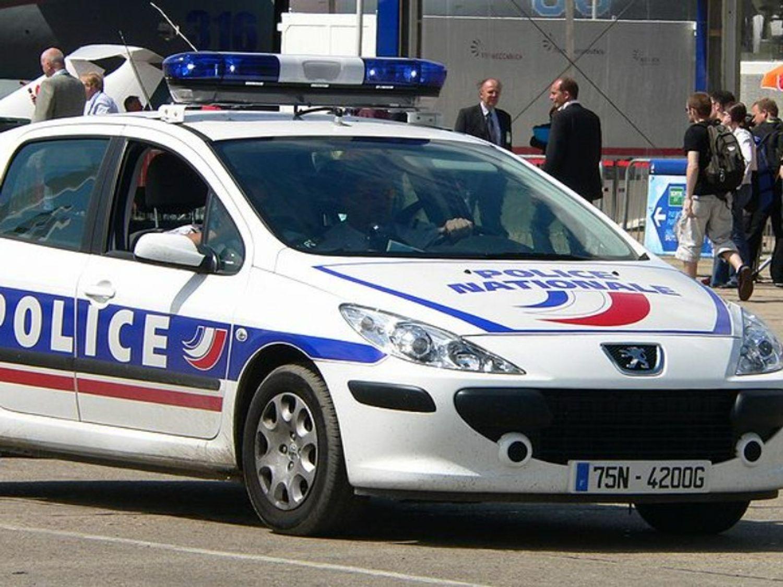 Tremblay-en-France : un homme de 22 ans percuté par une voiture et...