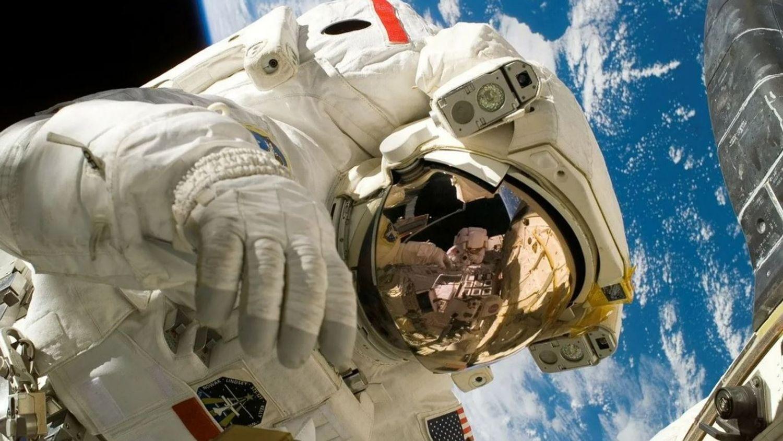 Participez à une dictée lue par Thomas Pesquet depuis l'espace