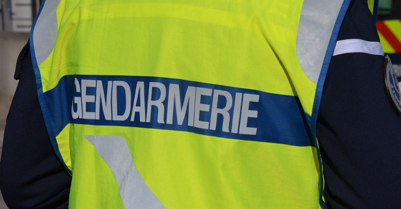Le suspect s'est rendu aux gendarmes.